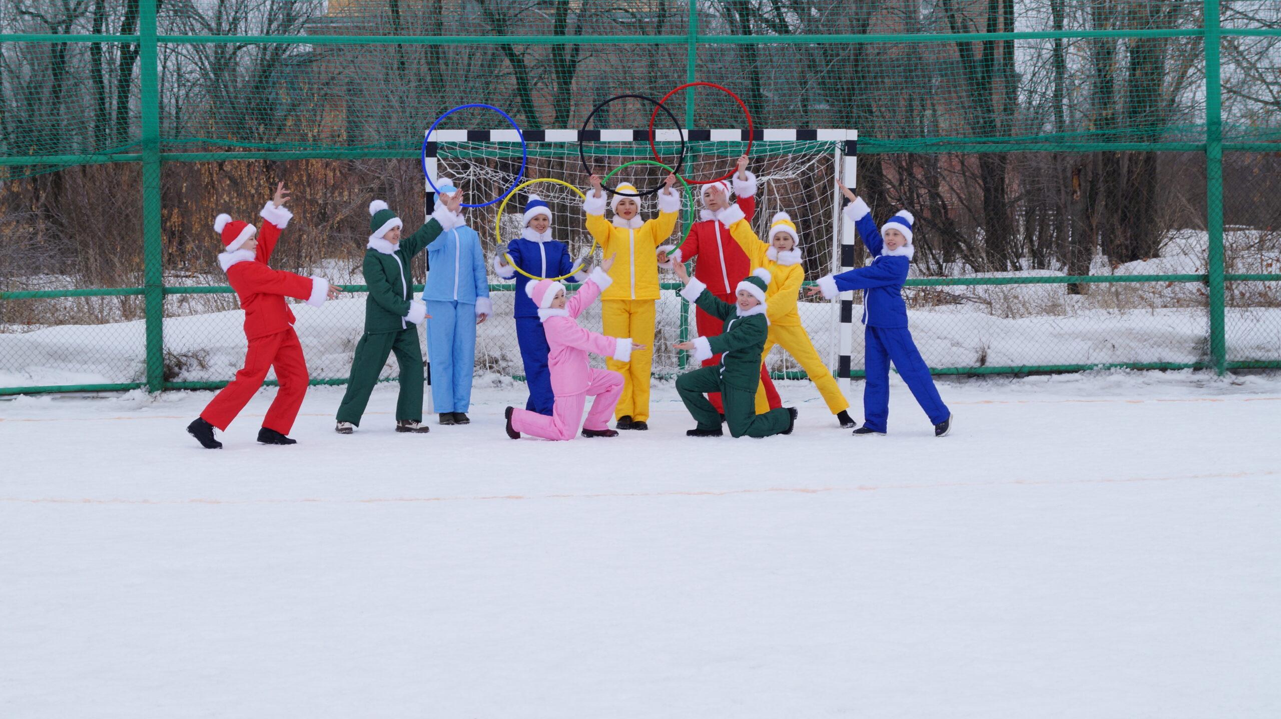 Полуфинал по мини-футбола на снегу