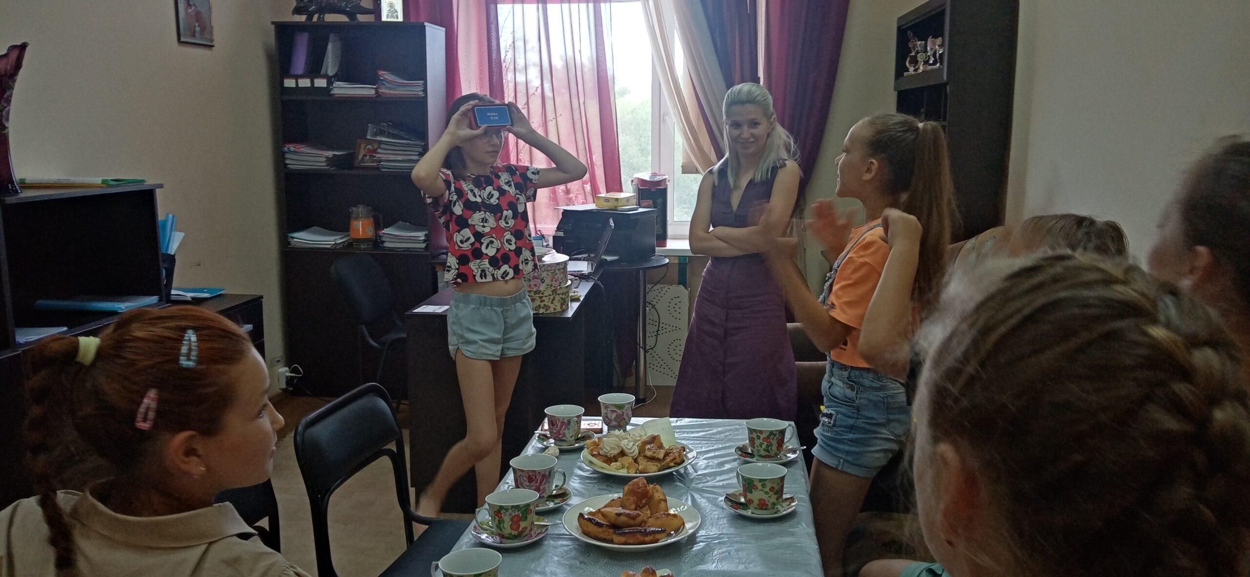 День пирожков с малиновым вареньем